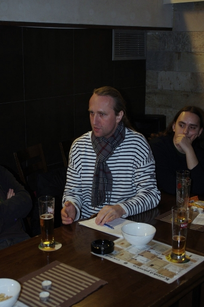 2012-03-03-18_42_17-038